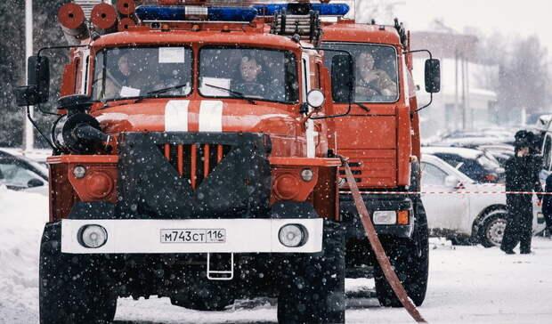 ВБузулукском районе сгорел пункт ремонта тепловозов