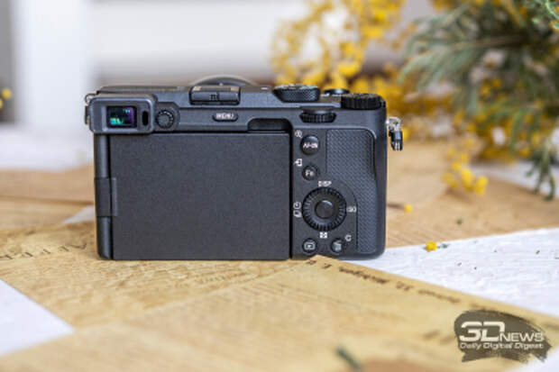 Обзор беззеркальной фотокамеры Sony a7C: размер имеет значение?