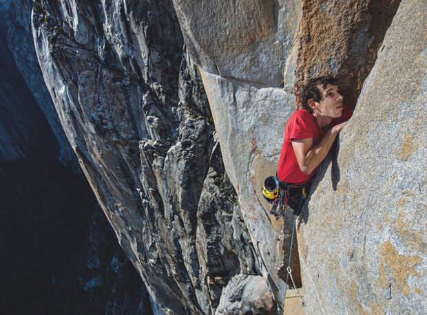 900 метров кнебу без страховки: фри-соло Алекса Хоннолда