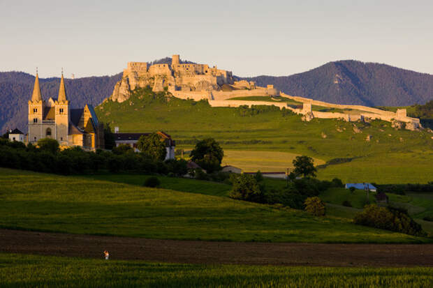 10 одних из самых красивых замков в Европе.
