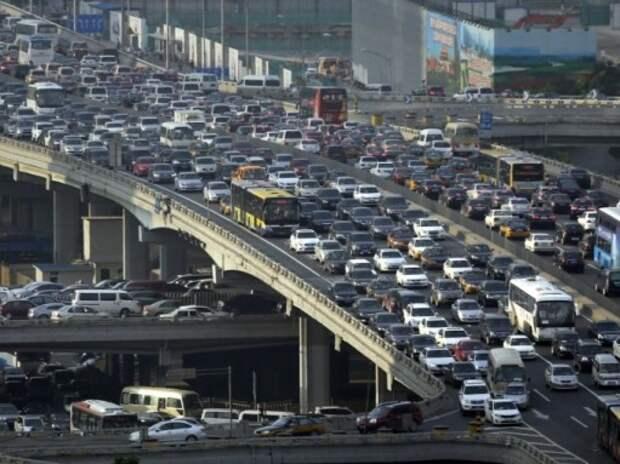 Количество легковых автомобилей в Китае впервые превысило парк мотоциклов