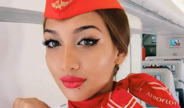 27 самых сексуальных селфи стюардесс со всегомира