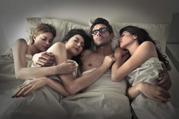 Немужчины, асекс-машины! Фидель Кастро, Хулио Иглесиас идругие «Казановы», имевшие тысячи женщин