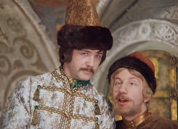 «Вокруг Булгакова»: «я, пожалуй, князь, да. А что тут удивительного?»