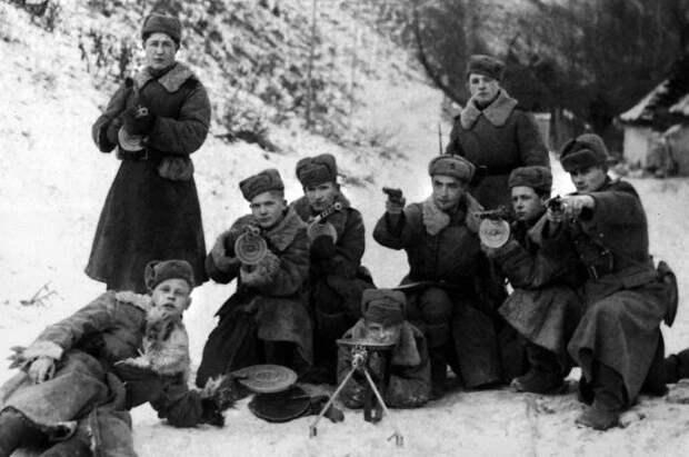 Одна из мобильных групп НКВД