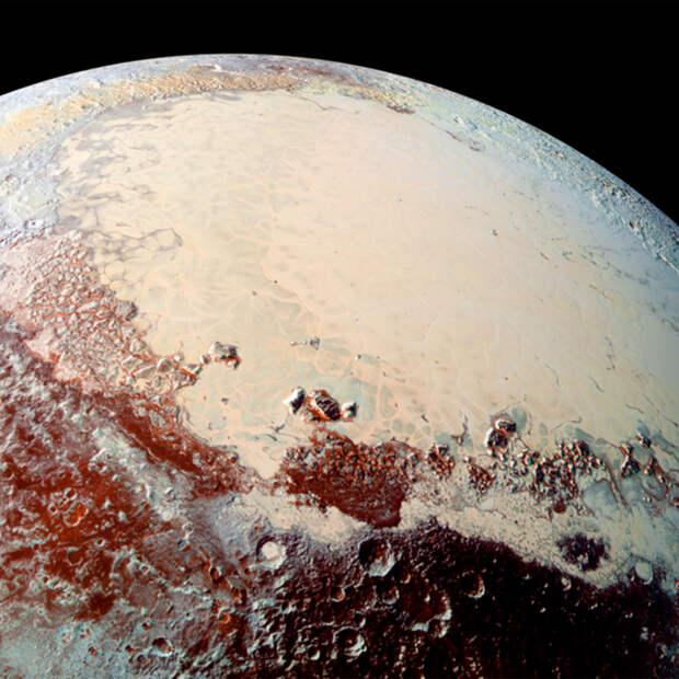 Разгадана тайна заснеженных пиков Плутона