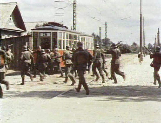 Немецкие танки и ленинградский трамвай