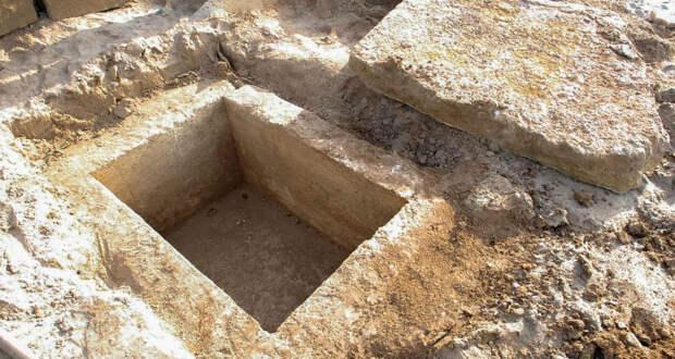 Напляже вКрыму нашли древнегреческое захоронение III века донашей эры