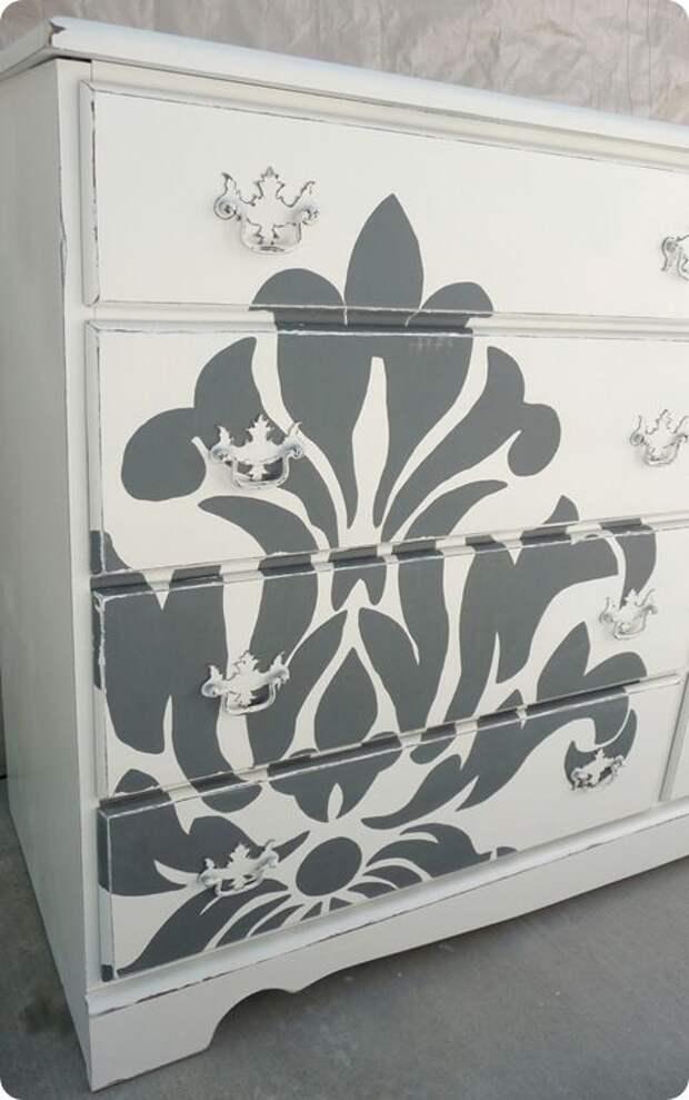 creative idea for an old dresser (pink dresser, blue decal)