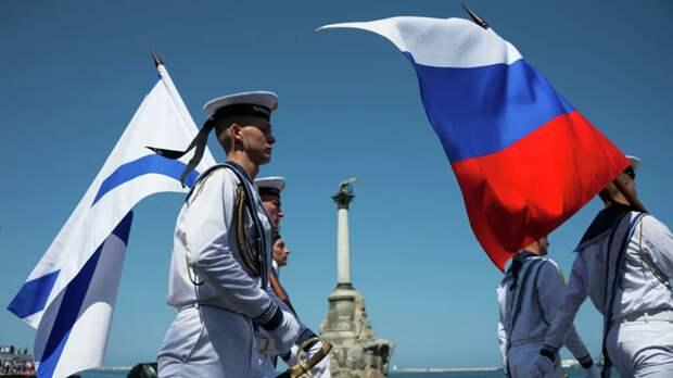 В Петербурге начался Военно-морской парад