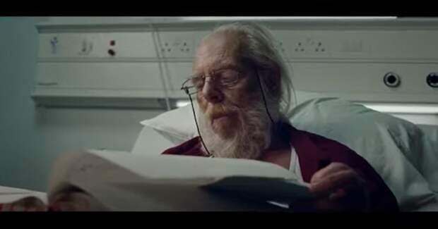 Власти Британии извинились за рекламу с больным Сантой