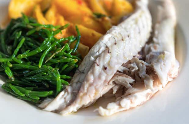 Засыпаем рыбу солью с горкой: готовим способом рыбаков