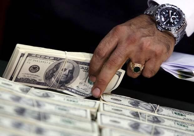 ЦБ: Из России вывезут 50 млрд долларов, а цены в 1,5 раза будут выше прогноза