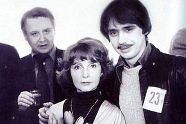 взято из интернета Антон Табаков с родителями