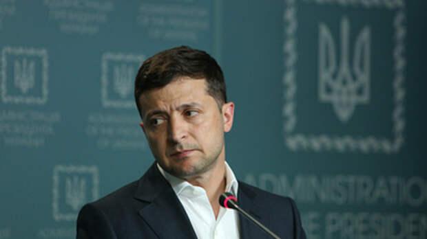 Зеленского заподозрили в сговоре с Порошенко: Торгуется с преступником за деньги МВФ