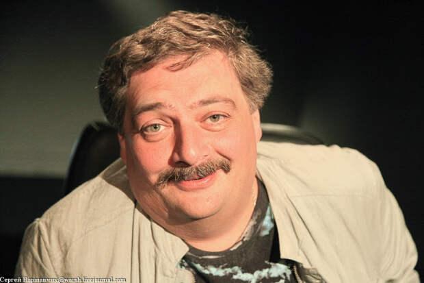 Дмитрий Быков: «Кроме того, что отхватили Крым и испортили жизнь на Донбассе, что вы сделали-то?»