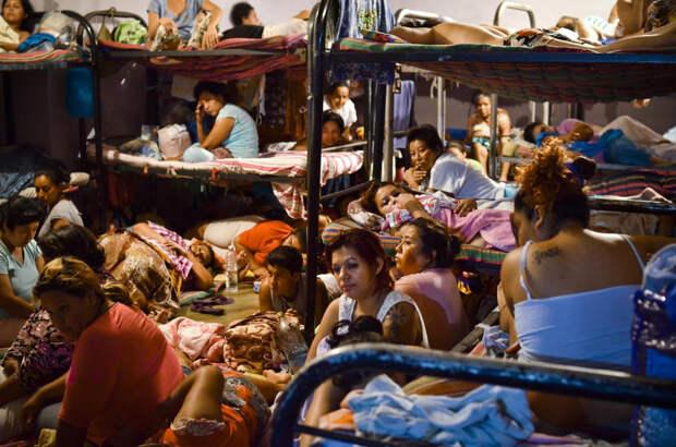 prison09 Латиноамериканские тюрьмы: мужская и женская