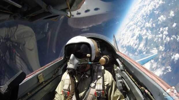 Манёвры МиГ-31 у границы ближнего космоса поразили иностранцев