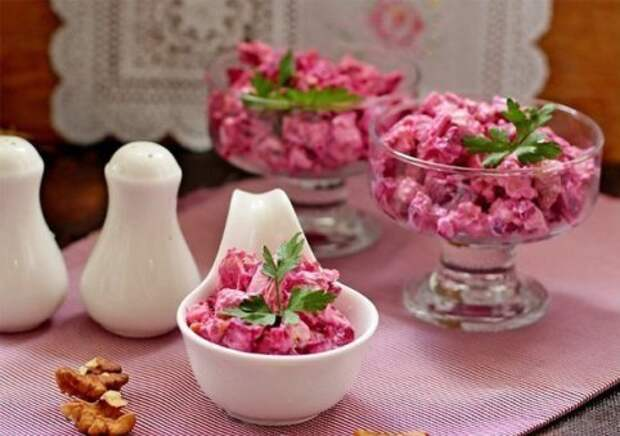 Три рецепта праздничных салатов