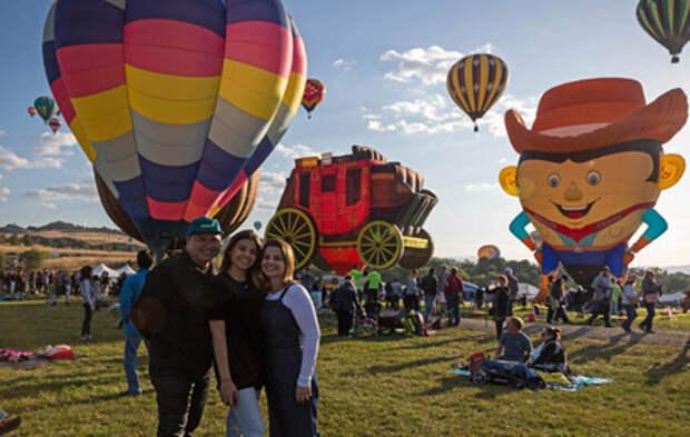 В США открылся крупнейший в Северной Америке фестиваль шаров