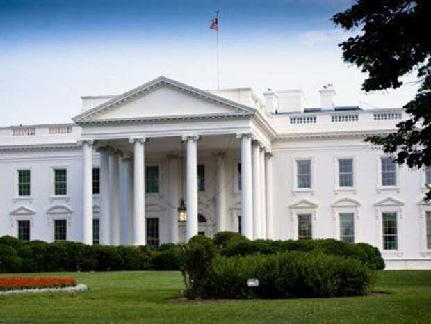 Белый дом: Трамп намеренно не вводил американцев в заблуждение относительно серьезности эпидемии коронавируса