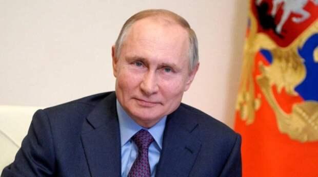 Экс-помощница Байдена сравнила Путина с царем зверей