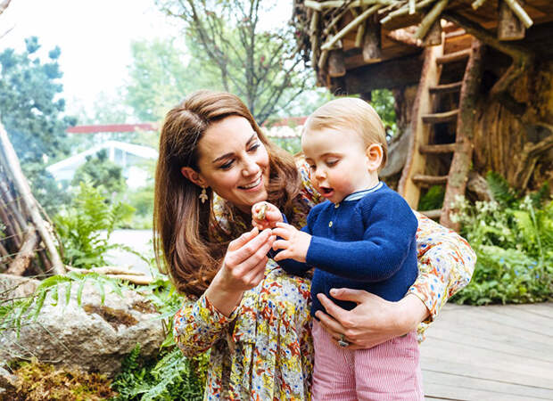 Дети принца Уильяма и Кейт Миддлтон снялись в забавном видео с участием натуралиста Дэвида Аттенборо