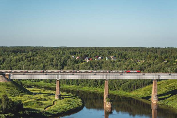 В Крым начнут ходить поезда из Астрахани
