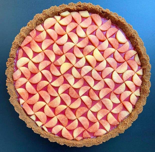Пирог, который жалко есть.   Фото: SaveIG.