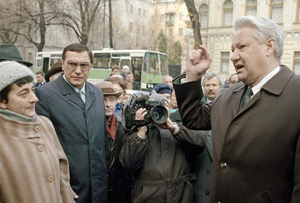 «Мы предложили Ельцину перейти с водки на пиво»