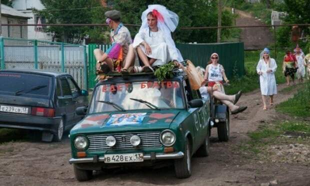 А если серьезно, то деревенская свадьба - это весело брак, жених, невеста, прикол, свадьба, семья, юмор