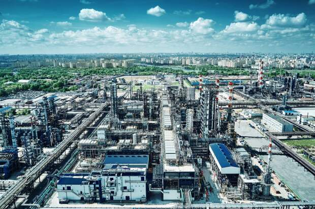 Новое эко-топливо для морских судов стали производить на Московском НПЗ