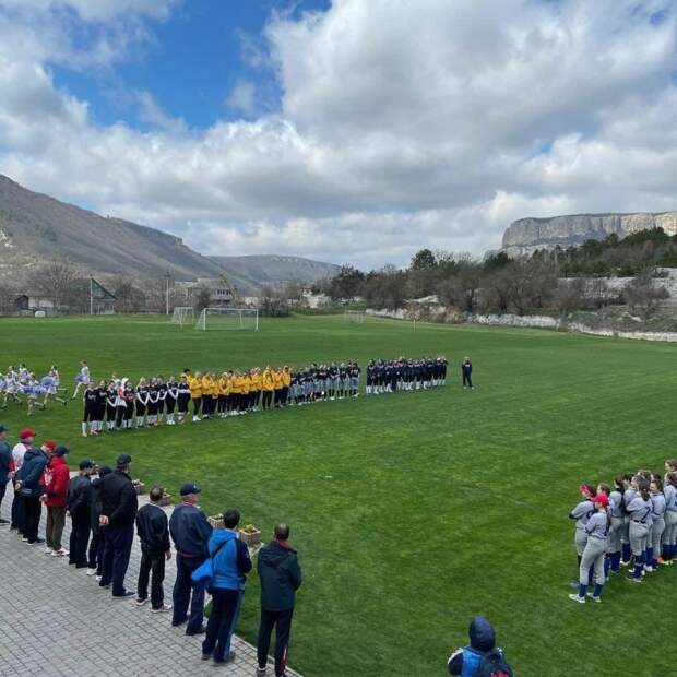 В Крыму прошли первые в истории всероссийские соревнования по софтболу