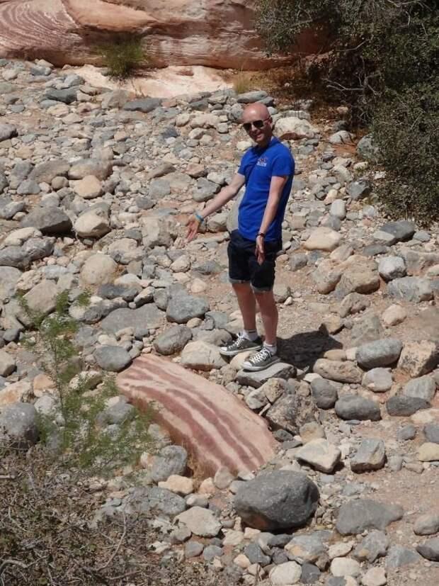 Камень - бекон интересно, не еда, несъедобное, поразительно, странные сближенья, съедобное, удивительно, удивительное рядом