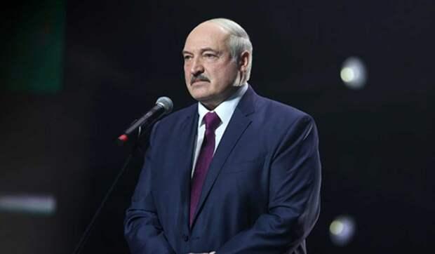 Что мешает Лукашенко признать российский Крым