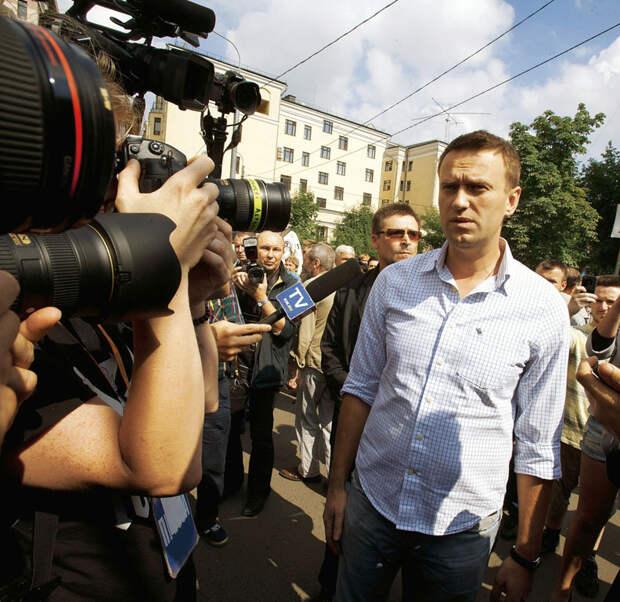 Нам предлагают поверить, что пишущий о Навальном «Шпигель» - авторитетный источник