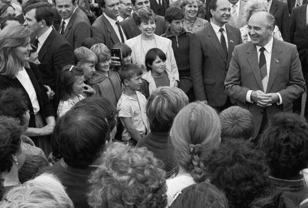 Горбачев. Перестройка. Владивосток. Июль 1986 года. Фото: ТАСС