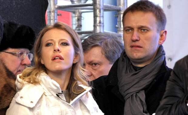 Навальный, Собчак, Гудков: Кривое зеркало русского либерализма