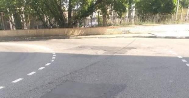 Асфальтовое покрытие восстановили в проезде под Дангауэровским мостом