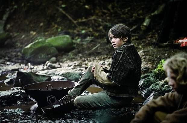 """""""Игра престолов"""". Как изменилась Арья Старк за 8 сезонов сериала"""