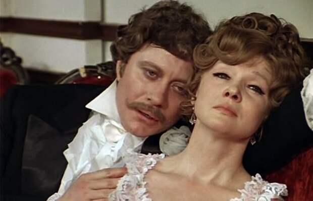 Кадр из фильма *Соломенная шляпка*, 1974   Фото: kino-teatr.ru