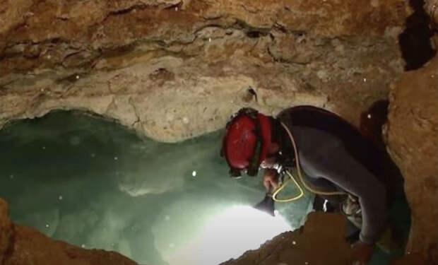 5 миллионов лет изоляции: ученые спустились в древний разлом