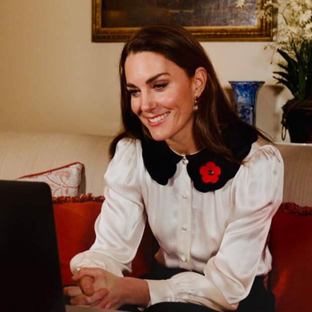 Кейт Миддлтон и принц Уильям пообщались по видеосвязи с военнослужащими и их семьями