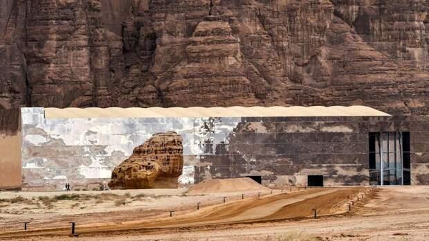 11 крутейших фото зимнего фестиваля «Зима в Танторе» в пустыне Саудовской Аравии