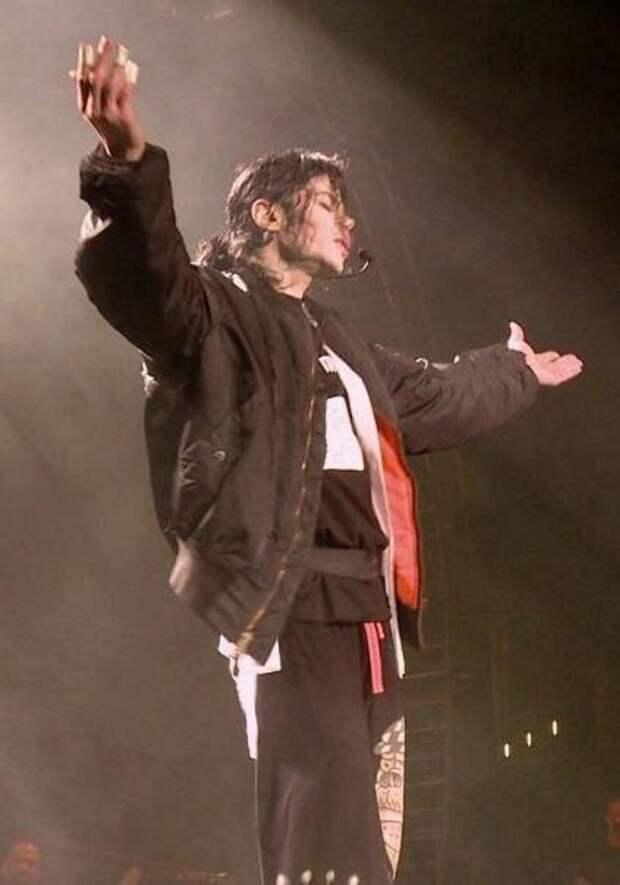 Что рассказал телохранитель Майкла Джексона о последних днях певца