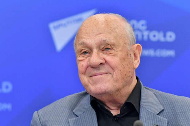 Владимир Меньшов умер от коронавируса