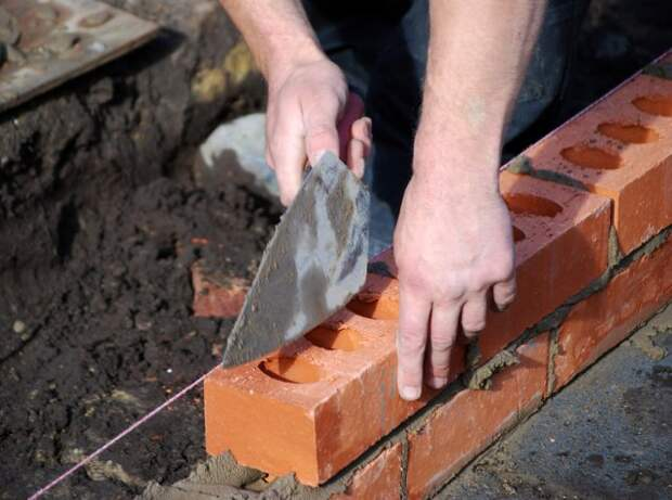Что сделать из ненужного кирпича на даче