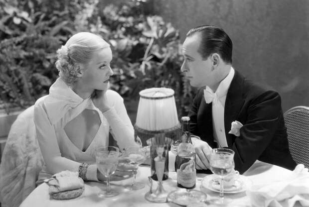 Bette Davis and Monroe Osley in Ex-Lady directed by Robert Florey, 1933.jpg