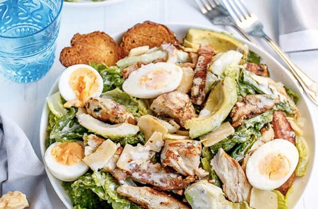 Салат Цезарь: лучшие рецепты