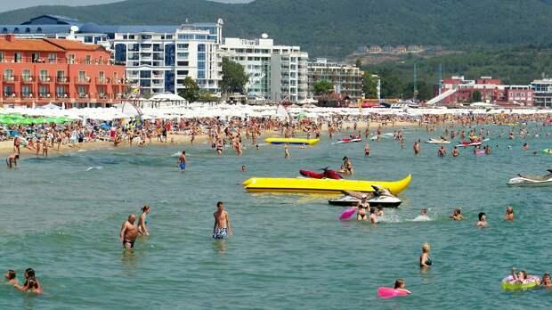 После объявления нерабочих дней вырос спрос на российские курорты и Турцию